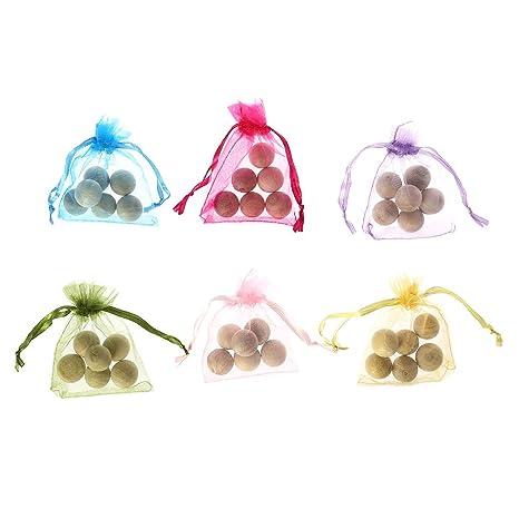 Amazon.com: 1 bolas de madera de cedro repelente de polillas ...