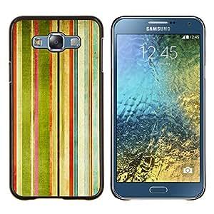 KLONGSHOP // Cubierta de piel con cierre a presión Shell trasero duro de goma Protección Caso - Rayas Pintura de la acuarela del arco iris Arte - Samsung Galaxy E7 E700 //