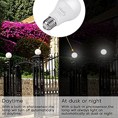 Dusk to Dawn Light Bulb, Smart Sensor LED Light Bulbs Automatic On/Off, E26/E27 7W (60-Watt Equivalent) Security Lights Outdoor/Indoor for Porch Garage Garden Patio(Cool White 2 Pack)