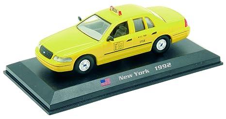 52e182d8d5ea3 Amazon.com: Amercom 1992 Ford Crown Victoria New York City Taxi Cab ...