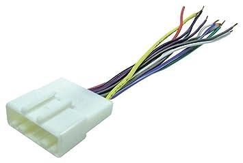 amazon com scosche nn04b wire harness to connect an aftermarket scosche nn04b wire harness to connect an aftermarket stereo receiver for select 2007 up nissan