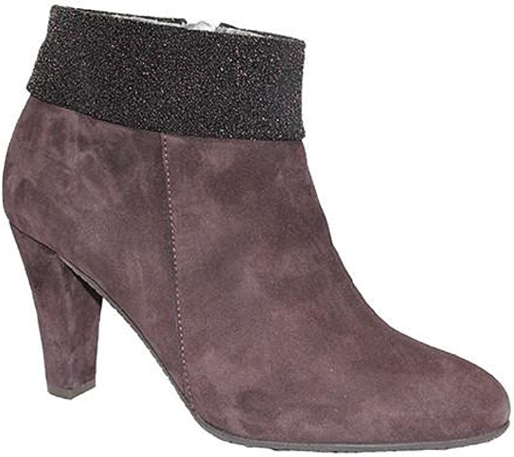 Brown Suede Eric Michael Laurevan Womens Cayenne Heeled Ankle Bootie