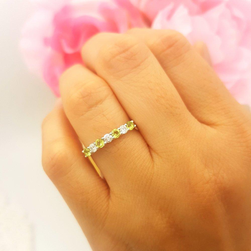 Dazzlingrock Collection 14K Round Peridot & White Diamond Ladies 7 Stone Wedding Band Ring, White Gold, Size 8 by Dazzlingrock Collection (Image #6)