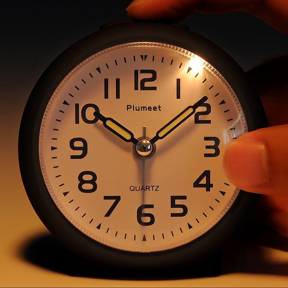 Jolie Couleur Pour Les Enfants Alarme Sonore Progressive Rose Plumeet Petite Horloge R/éveil de Voyage Sans Poin/çonnage avec Snooze et Veilleuse Aliment/é par Batterie