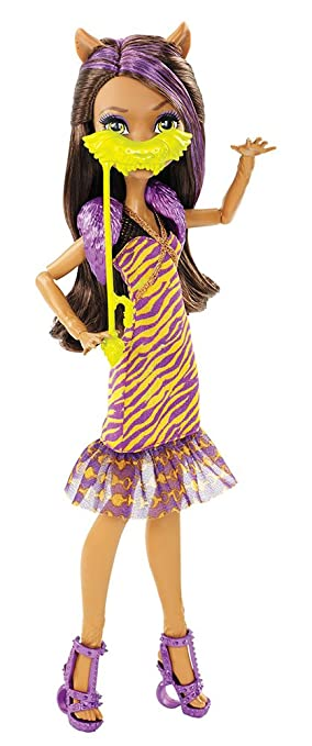 more photos cd4a9 04b07 Amazon.com Monster High Dance The Fright Away Clawdeen Wolf Doll Toys   Games