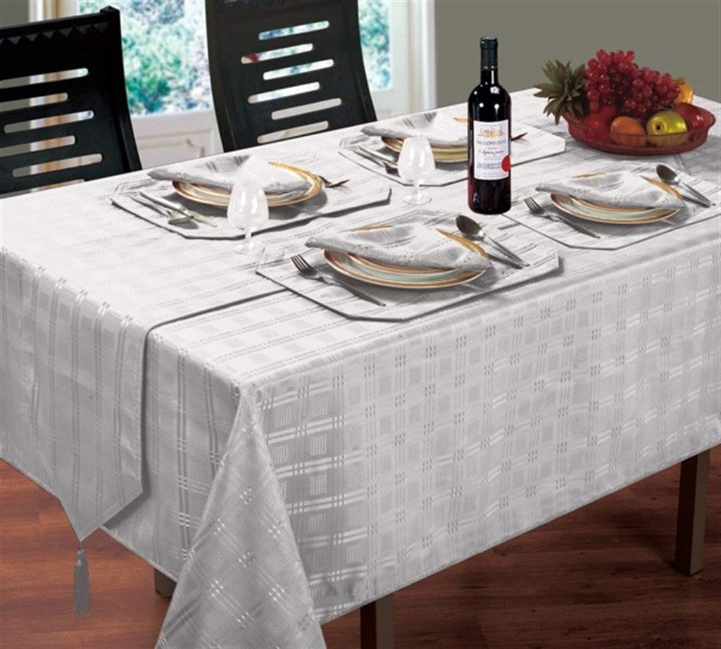 ShawsDirect Luxury Woven Jacquard Table Linen (52