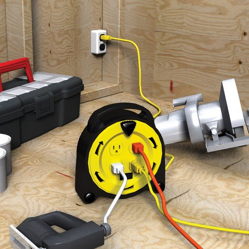 Royal Electric 20-Foot Retractable Extension Cord Reel with 4-Outlets and 13-Amp Circuit Breaker 1625 WATTS