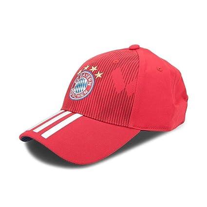 bcc3418323df1 Amazon.com   adidas 2018-2019 Bayern Munich 3S Cap (Red)   Sports ...