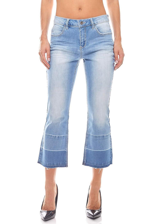 B.C. Best Connections Damen Flared Jeans Kurzgröße Hellblau
