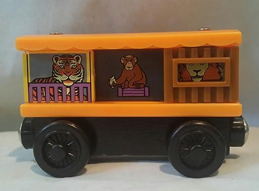 Amazon.com: Zoo Box Car - Thomas & Friends Wooden Railway Tank Train ...
