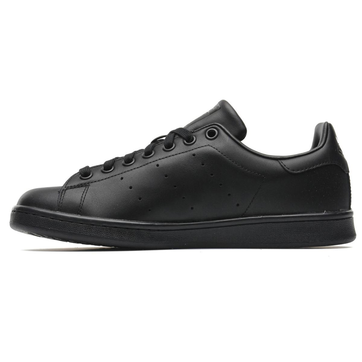 1a6ca8f7ce Amazon.com | adidas Originals Men's Stan Smith Shoes | Fashion Sneakers