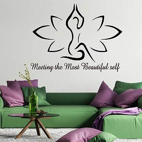 Estudio de yoga encantador Protección del medio ambiente ...