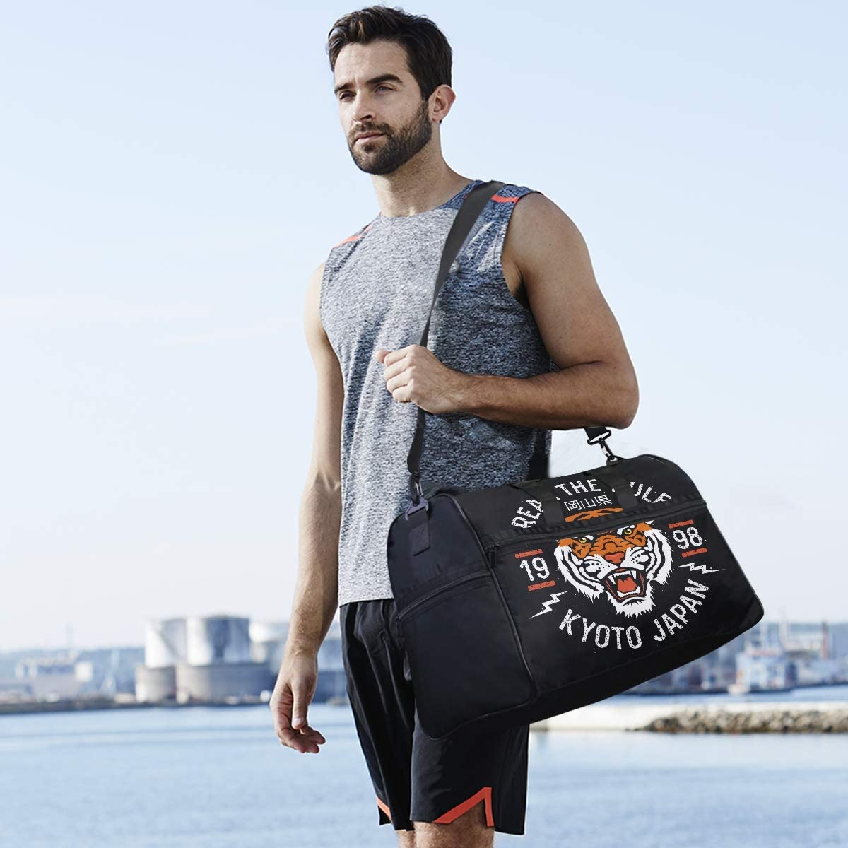 ALAZA Japanese Tiger Sports Gym Duffel Bag Travel Luggage Handbag Shoulder Bag with Shoes Compartment for Men Women