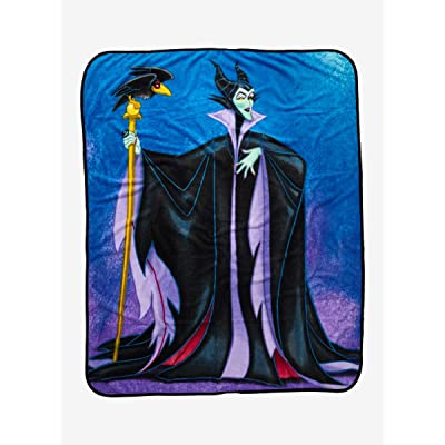 Disney Villains Maleficent & Diablo Throw Blanket: Kitchen & Dining