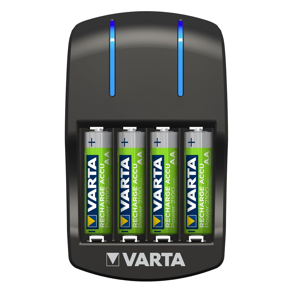 VARTA Plug Charger - Cargador de pilas AA y AAA (incluye 4 pilas recargables AA de 2100 mAh)
