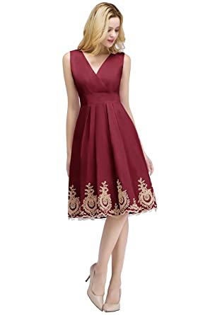 8cf56f58bd0 MisShow Double V Neck Junior s Short Homecoming Gowns Applique Cocktail  Bridesmaid Dress at Amazon Women s Clothing store