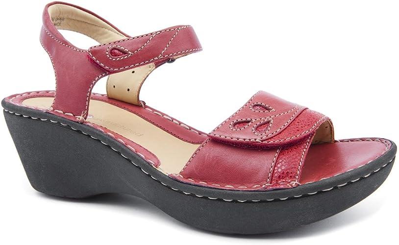 amazon clarks ladies sandals