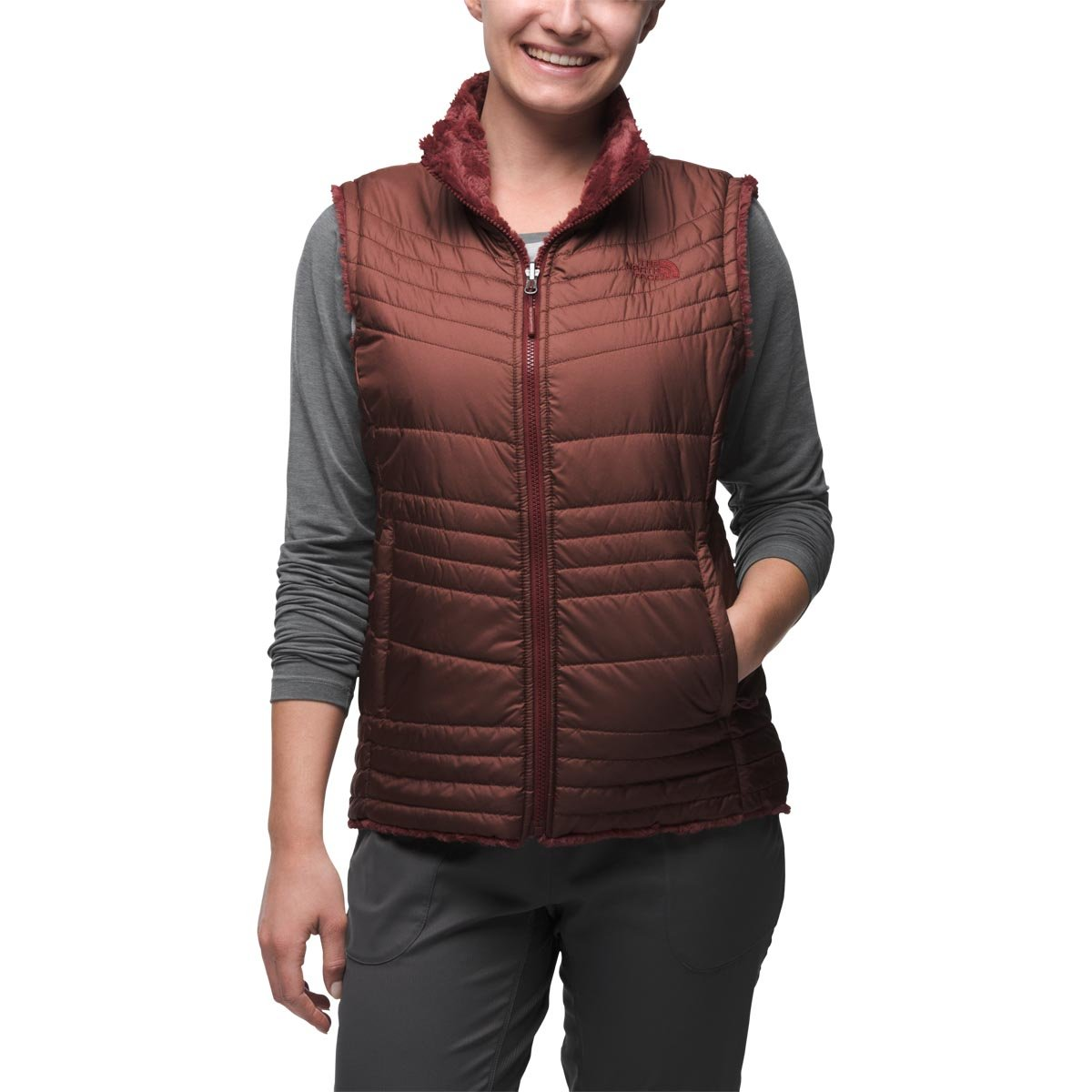 c7f1e03f1611 THE NORTH FACE Women s Mossbud Swirl Vest - Red -  Amazon.co.uk  Clothing