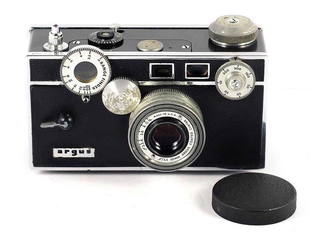 ARGUS C3 50mm f/3.5 rangefinder camera - Vintage 1950s