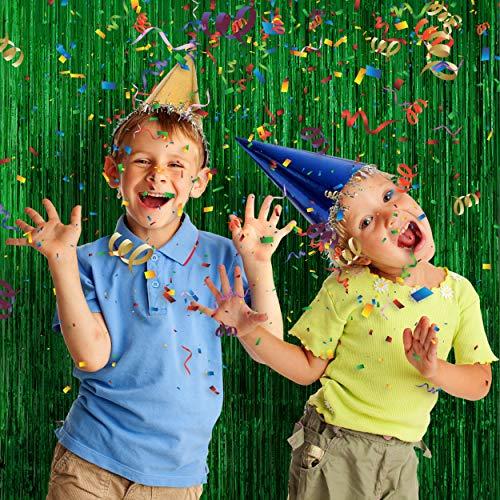 Party Day 4pcs Tinsel Foil Fringe Backdrop Curtains for Saint Patrick's Party Decoration (Green) ()