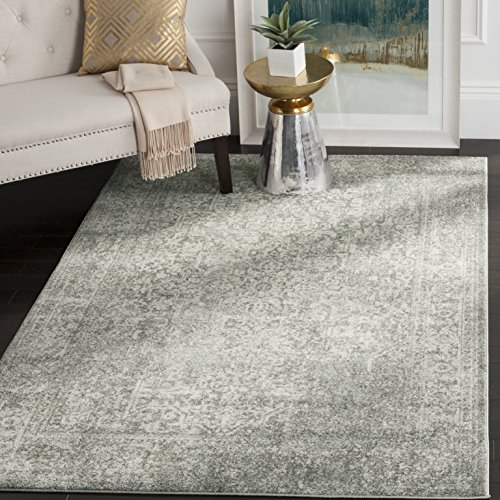 Safavieh Evoke Collection Vintage Oriental Silver and Ivory Area Rug (6'7