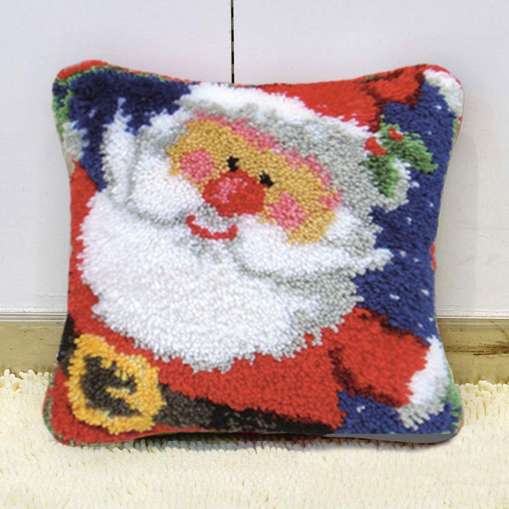 Ylkgogo Latch Hook Kits for DIY Throw Pillow Cover Christmas Embroidery Shaggy Decoration Family Gift and Activity 17 X 17 Bear