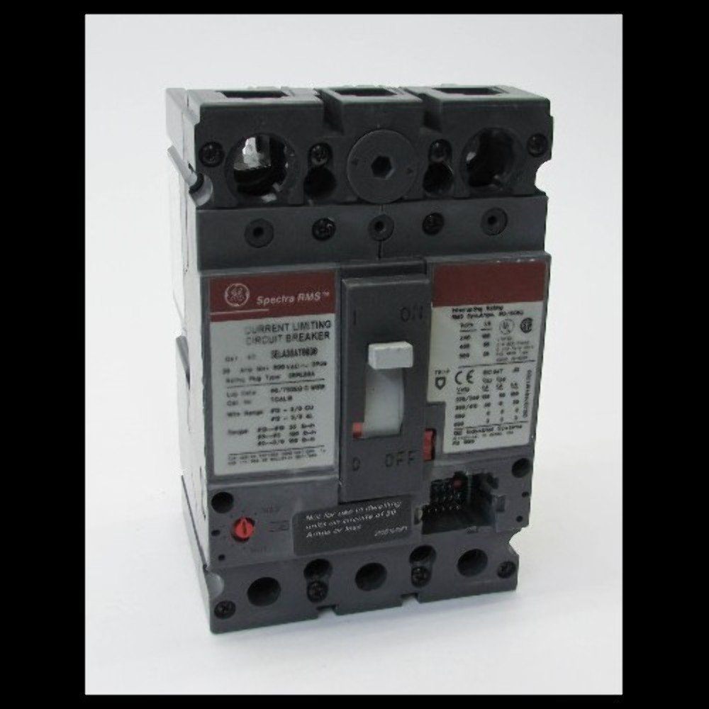 GE SELA36AT0030 Bolt-On Mount Type SEL Molded Case Circuit Breaker 3-Pole 30 Amp 600 Volt AC Spectra RMS