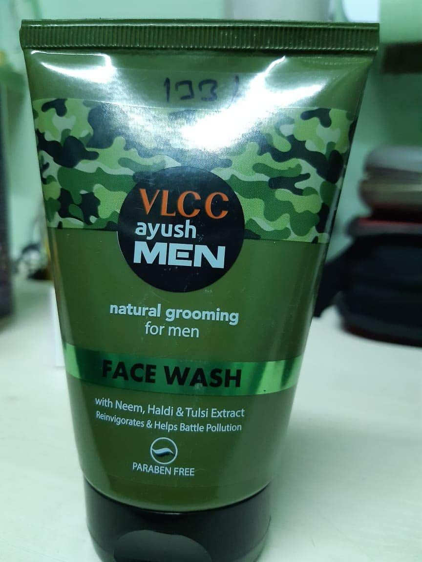 VLCC Ayush Face Wash For Men, 100g