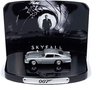 Johnny Lightning Jldr013 007 Model 8cm Auto Aston Martin Db5 Von Skyfall 1 64 Diorama Original Tin Release 1 Parte 1 Grau 8cm Amazon De Spielzeug