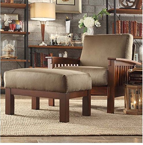 Mission-style Oak/ Olive Upholstered Chair and Ottoman ()