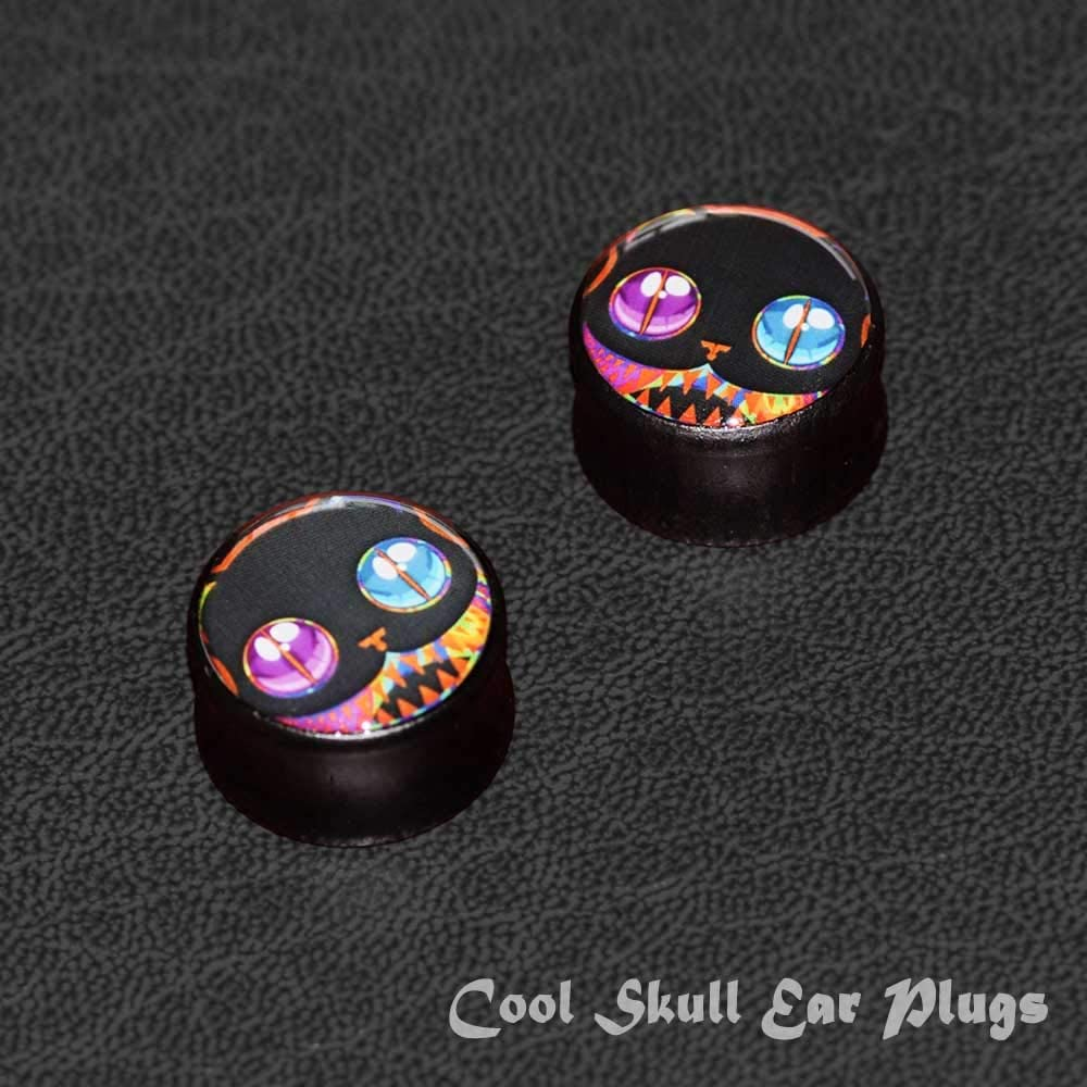 FLYUN 2Pcs Black Wood Skull Ear Plugs Tunnels 8-25mm Gauges Double Flared Saddle Plugs Stretcher Expander Piercings Jewelry