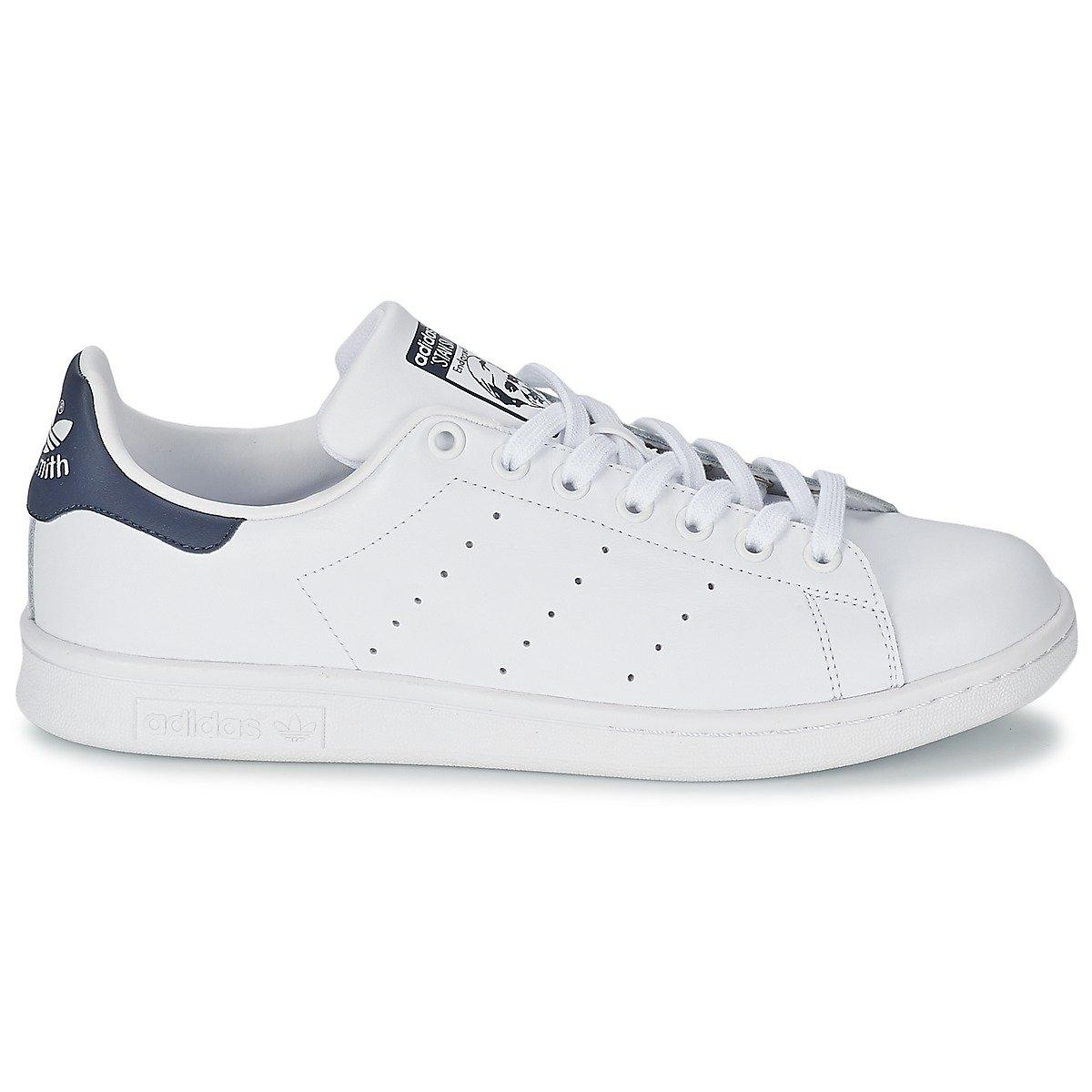 timeless design 45ab9 fb8a5 Adidas Stan Smith, Sneaker Unisex adulto  MainApps  Amazon.it  Scarpe e  borse