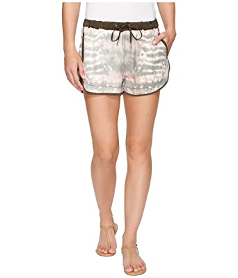 c958cbd196 [BLANKNYC] Blank NYC Women's Novelty Detailed Drawstring Shorts In Green  Beaner Green Beaner Shorts at Amazon Women's Clothing store: