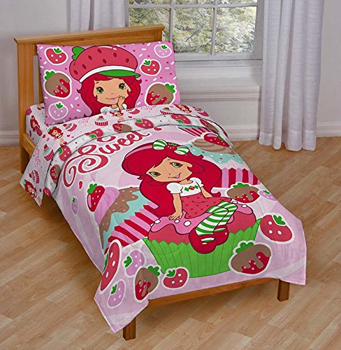 - Jay Franco Strawberry Shortcake Sweet Cupcake Toddler Bed Set