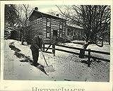 Vintage Photos 1983 Press Photo Wendell Stevens Shovels Snow Outside Pendarvis, Mineral Point