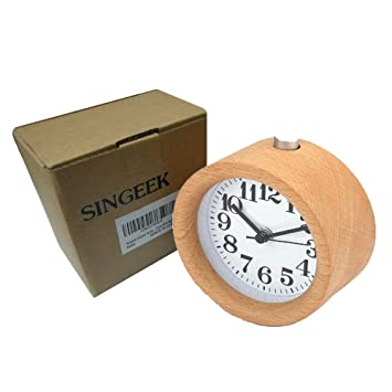 Singeek Classic Small Round Wood Grain Mute Table Alarm Clock With  Nightlight. Amazon com  Singeek Classic Small Round Wood Grain Mute Table