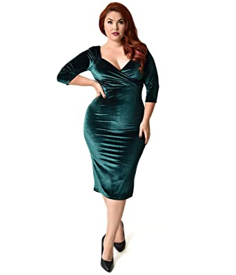 Unique Vintage Steady Plus Size 1950s Forest Green Velvet Sleeved