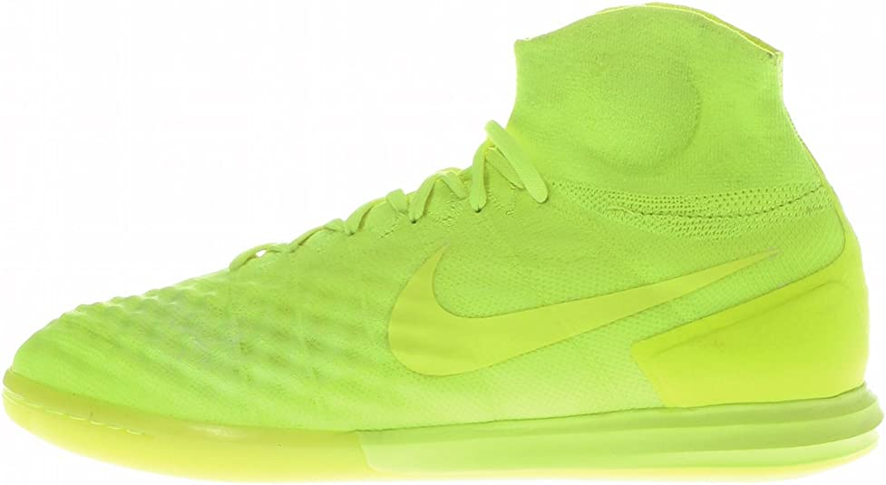 chaussure de salle homme nike