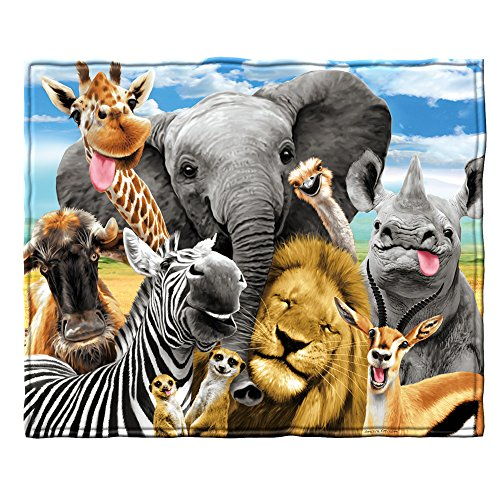 Dawhud Direct African Safari Animals Selfie Fleece Throw Blanket