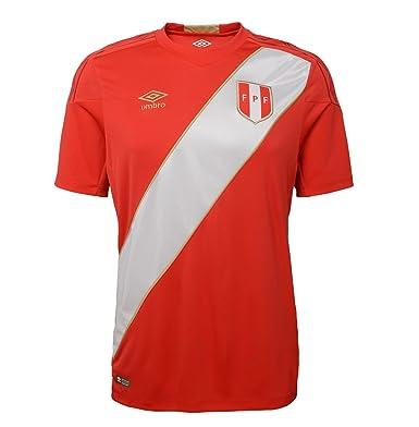 2fefffa25 Amazon.com  Umbro Peru Home Men s Soccer Jersey World Cup Russia 2018   Clothing