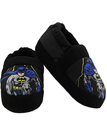 97ebd0314e9c Batman Superhero Boys Aline Slippers (Toddler Little Kid)