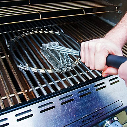 Wong 18 bbq grill brush cleaner with hanging loop great barbecue grill cleaning brush for Weber exterior grill cleaner