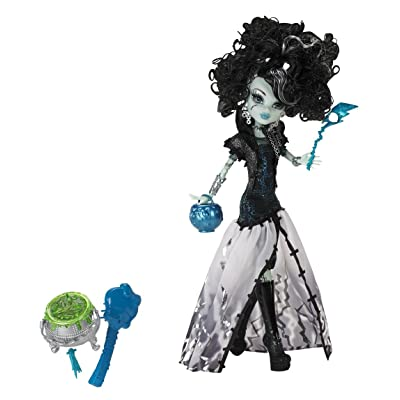 Monster High Ghouls Rule Frankie Stein Doll: Toys & Games