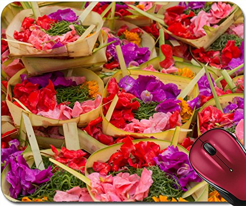 (Liili Mousepad ID: 22249098 Traditional Balinese offerings to Gods in Bali with Flowers and Aromatic Sticks)