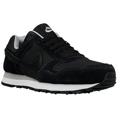 Nike Damen, Sneaker, MD Runner 2, Black (Black/Black-White), 41 EU