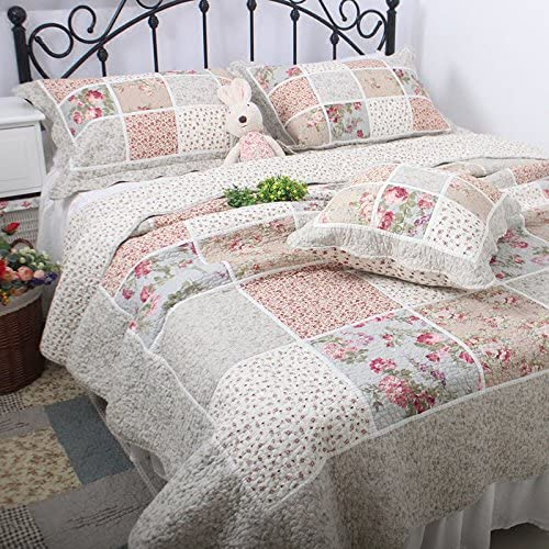 Retro Floral Cabin Print Shabby Chic Quilted Bedspread /& Pillow Shams Set