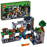 LEGO Minecraft The Bedrock Adventures 21147 Building Kit (644 Piece)