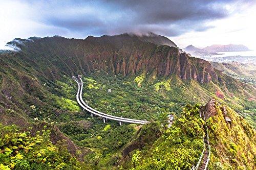 An aerial view of the Ko'olau mountain range & Haiku valley at dawn from Haiku Stairs (