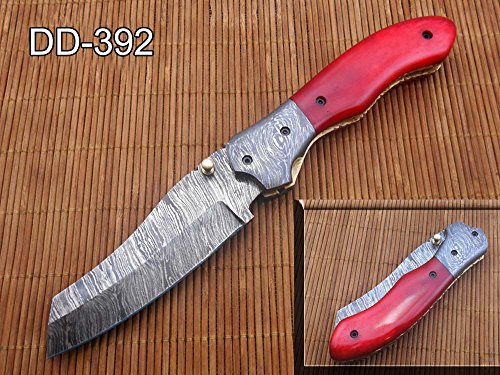 8' Tanto blade folding knife, Natural Ram horn scale, Hand forged Twist Pattern Damascus steel, Equipped with Thumb pin &...
