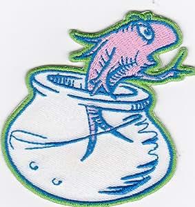 Dr, Seuss gato en el sombrero en la olla hierro en peces